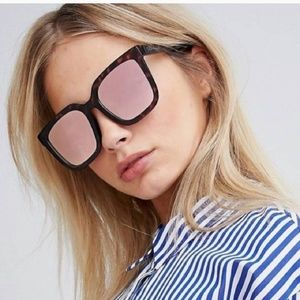 NWT QUAY • Square Mirrored Tortise Sunglasses